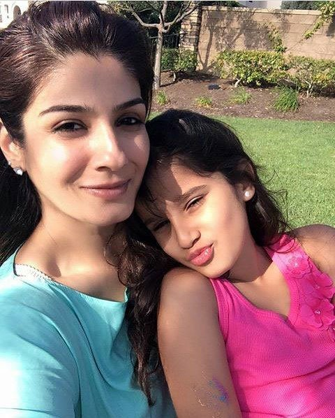 Rasha Thadani with Mom Raveena Tandon