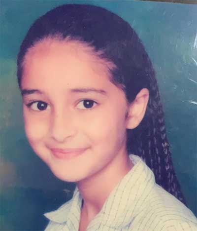 Ananya-Panday in School Day
