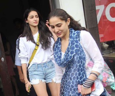 Ananya-Pandey-with-Sara-Ali-Khan