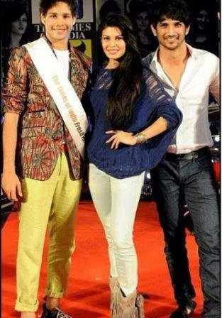 Siddhant at a fresh face youth pageant with Sushant Singh Rajput and Jacqueline Fernandez
